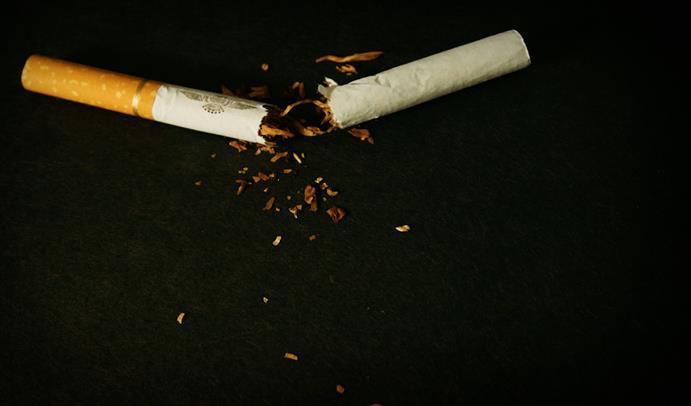 Beneficios para las mujeres de dejar de fumar cigarros
