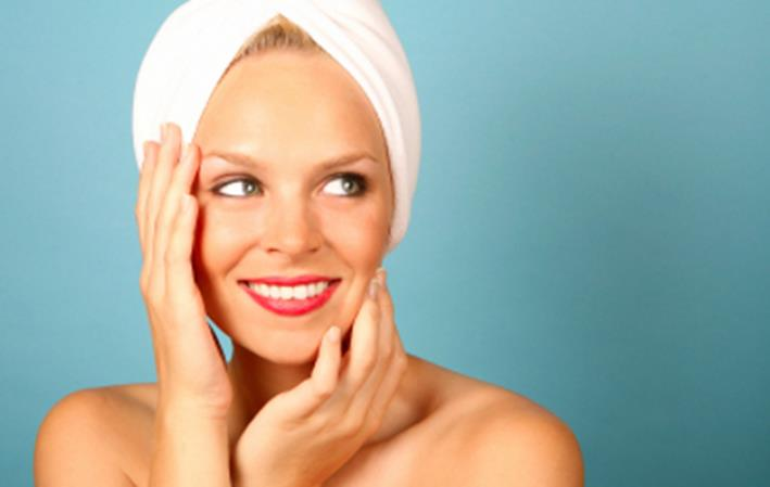 Aprende como exfoliar la cara con exfoliantes caseros naturales