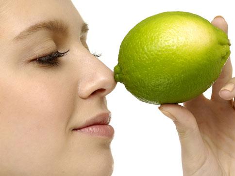 eliminar manchas con limon