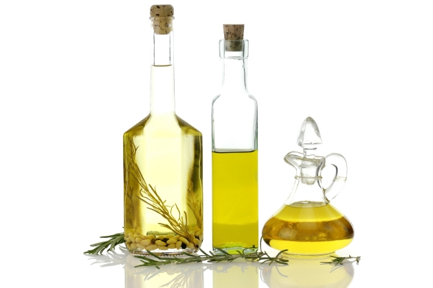 remedios-caseros-cabello-Aceite-de-romeros