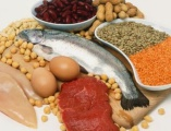 Los principales 8 alimentos para fortalecer el cabello débil.