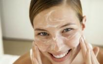 5 Mascarillas para aclarar la piel del rostro naturalmente.