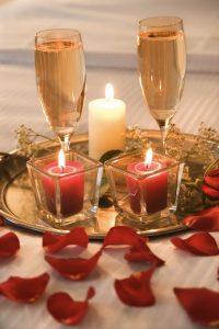 Decoracion-con-velas-para-una-noche-romantica-4