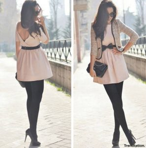 look-vestido-corto-rosa-pastel-medias-negras-primavera-2012