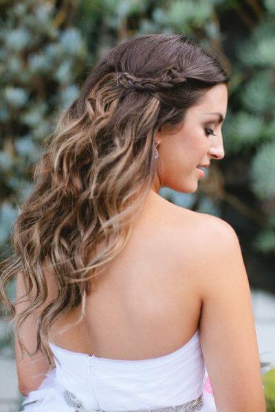 peinados medio recogidos con ondas de lado
