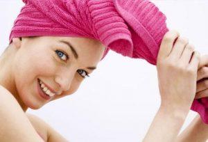 secar-cabello-toalla