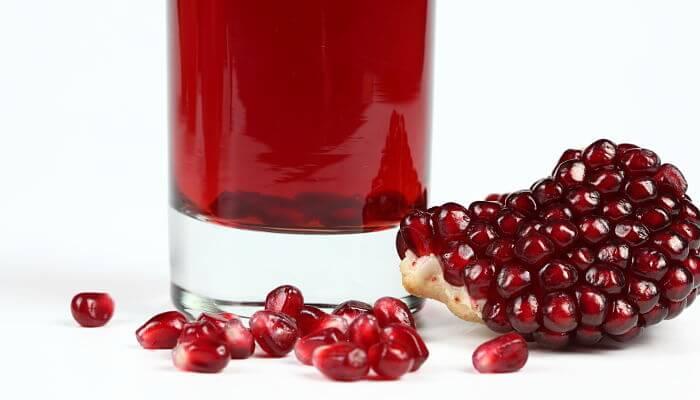 jugo de granada para los riñones