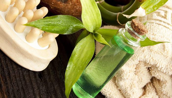 aceite de arbol de te para los hongos en los pies