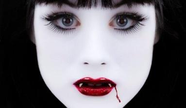 En 7 Pasos, Realiza un Maquillaje de Vampira Sexy!