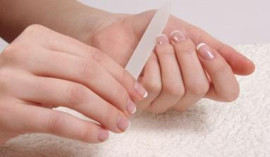 5 consejos prácticos para tener las uñas largas y saludables
