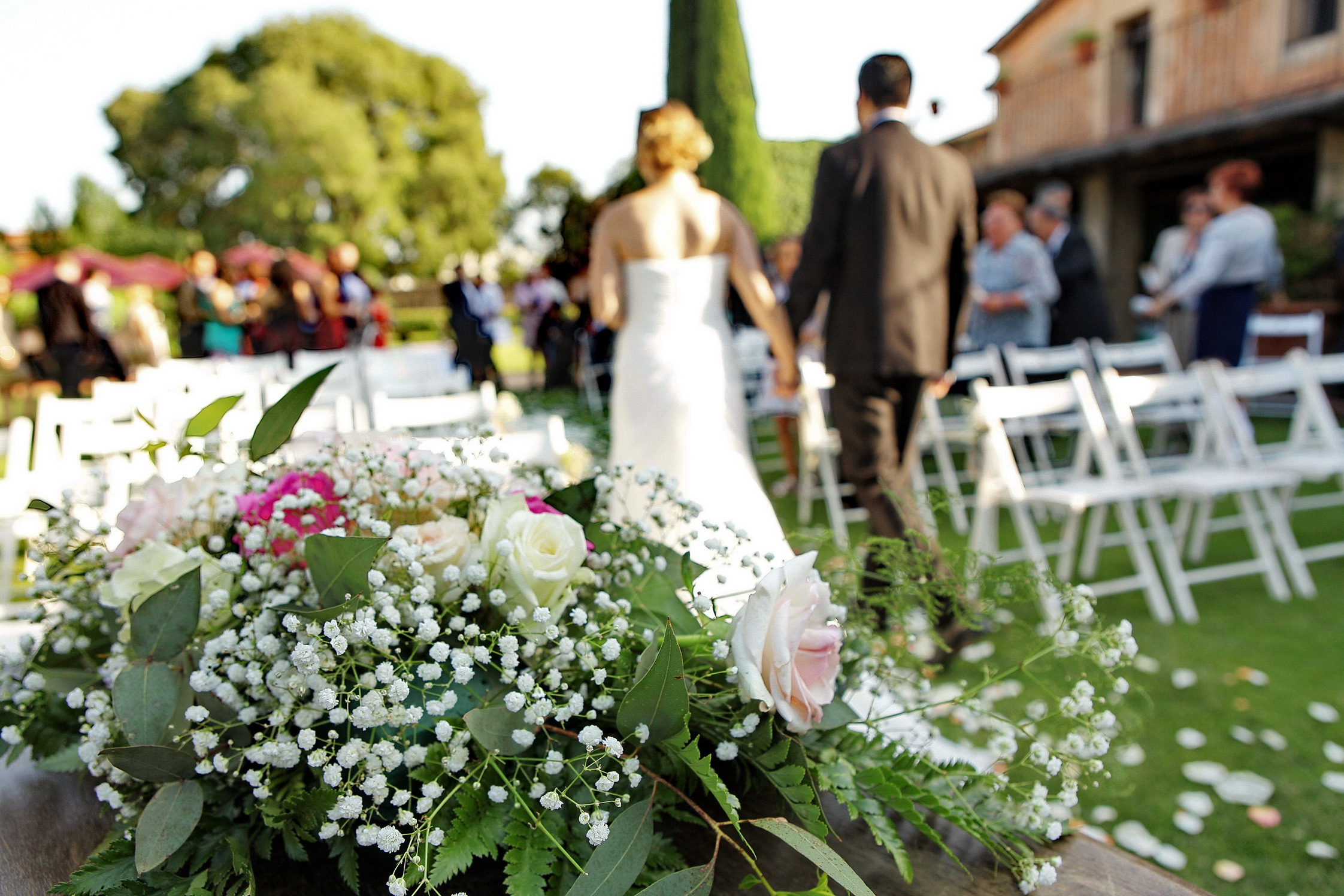 5 simples pasos para celebrar una boda civil en casa for Decoracion ceremonia civil