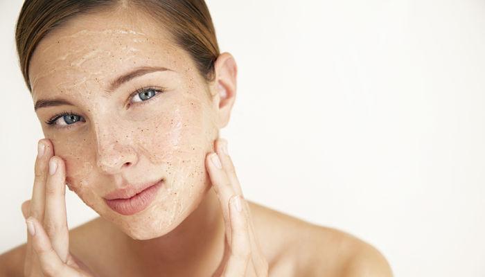exfolia la piel para tratar las arrugas