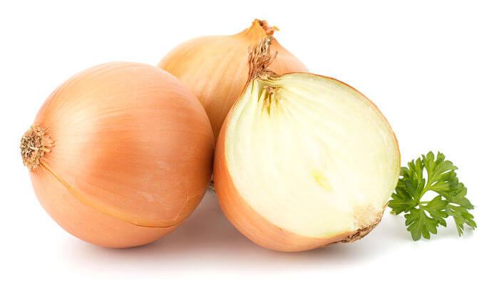 cebolla para manchas en la piel