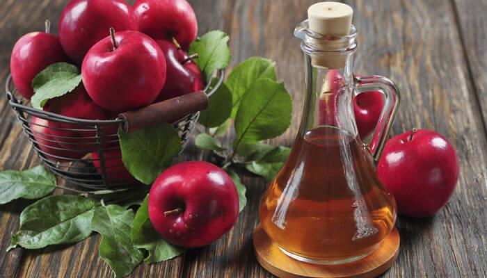combate el mal aliento con vinagre de manzana
