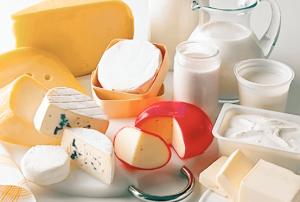 evita el consumo de leche si sufres de estreñimiento