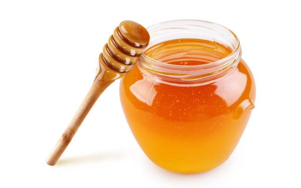 la miel es uno de los mejores remedios caseros para la lechina