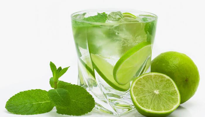 zumo de limon para las estrias