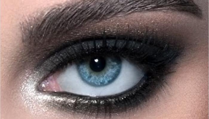 como maquillar los ojos ahumados facilmente
