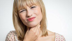 efectivos remedios caseros para el dolor de garganta