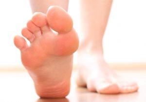 los mejores remedios caseros para hongos en los pies