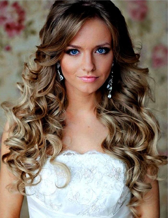 cortes de cabello rizado largo