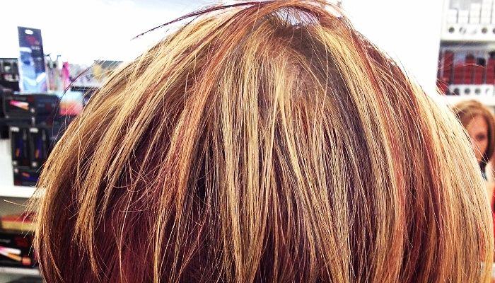 Mechas claras y obscuras en pelo corto