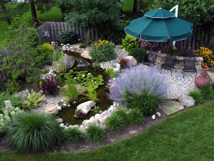 decoración de terrazas y jardines acuaticos