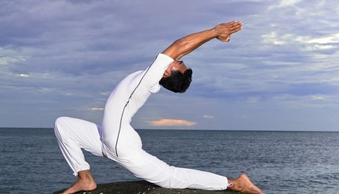 ejercicios de yoga para adelgazar Luna creciente