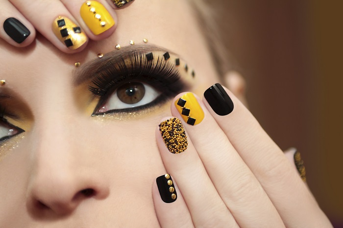 elementos para decorar uñas