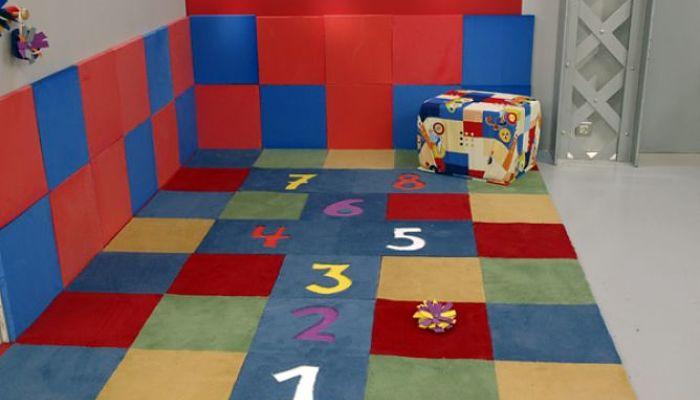 suelos acolchados para el cuarto de juegos