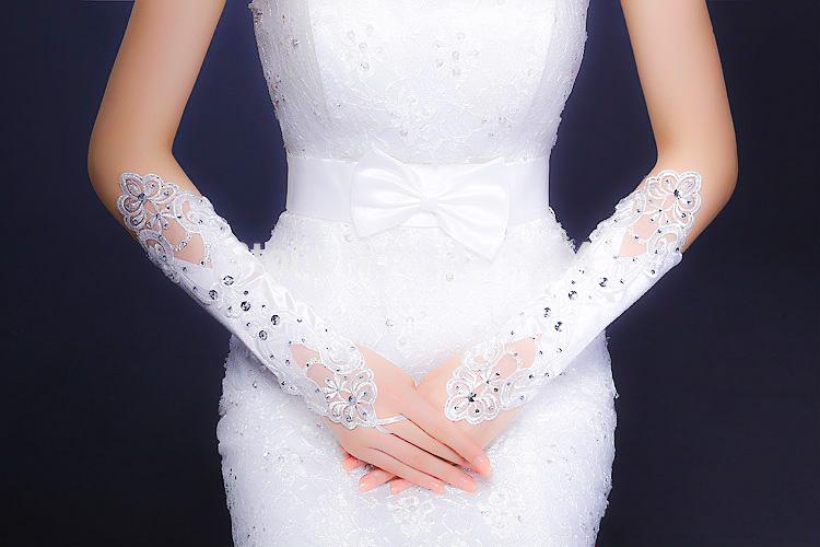 usar guantes en la boda