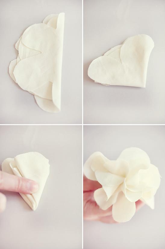 hacer flores como accesorios para el cabello de bodas