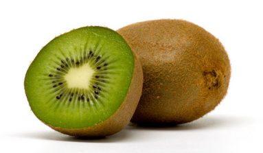¿Sabes Cuantas Calorias Tiene Un KIWI? Beneficios De Esta Fruta Para Nuestra Salud.