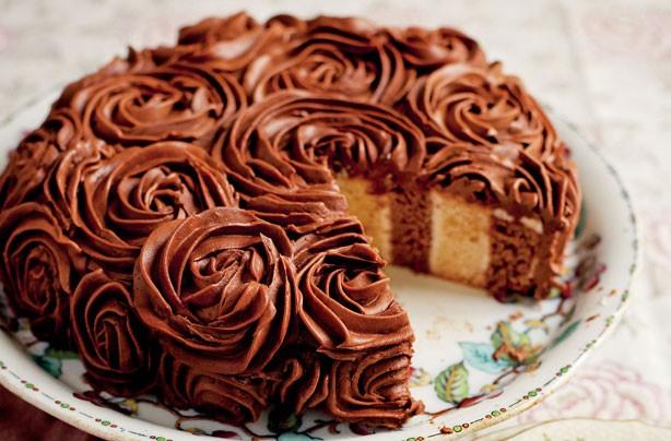 decoración de pasteles con crema de mantequilla
