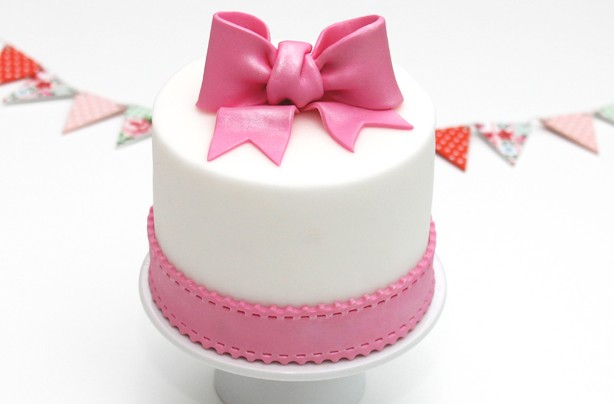 formas de fondant en decoración de pasteles