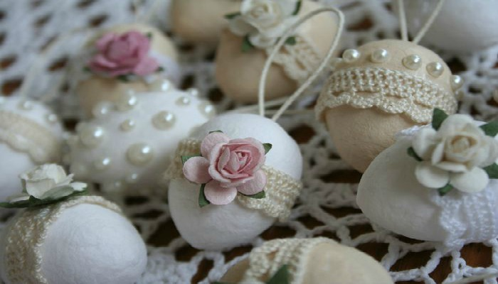decoración shabby chic con huevos