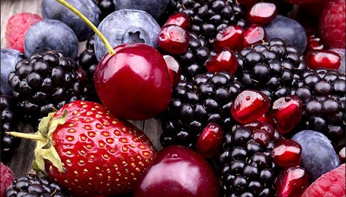 las uvas y frutas del bosque son ricas en este ingrediente