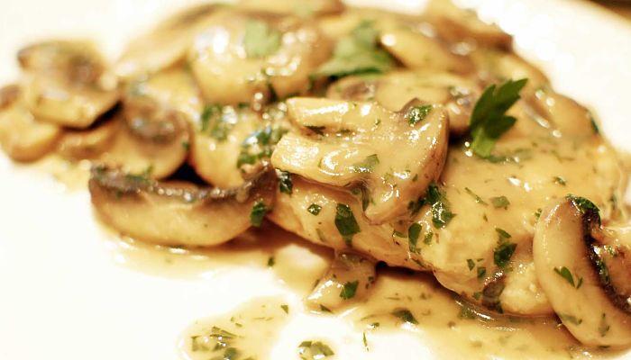 receta de pollo con champiñones