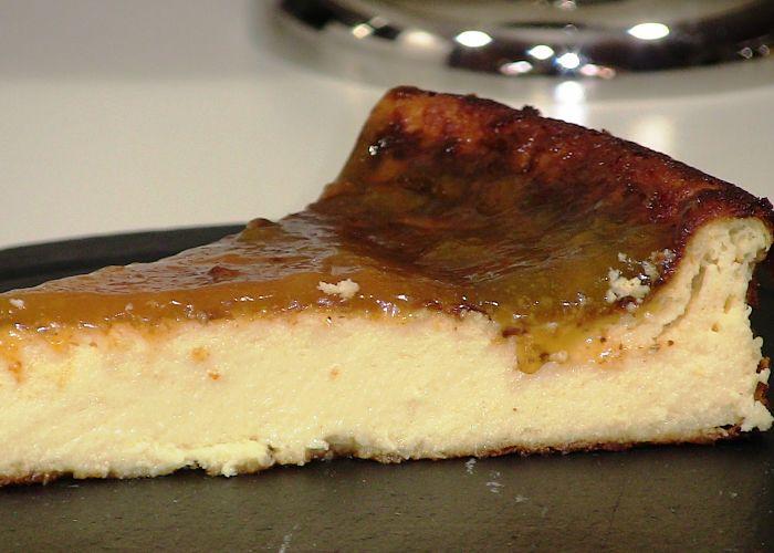 una rica torta de queso